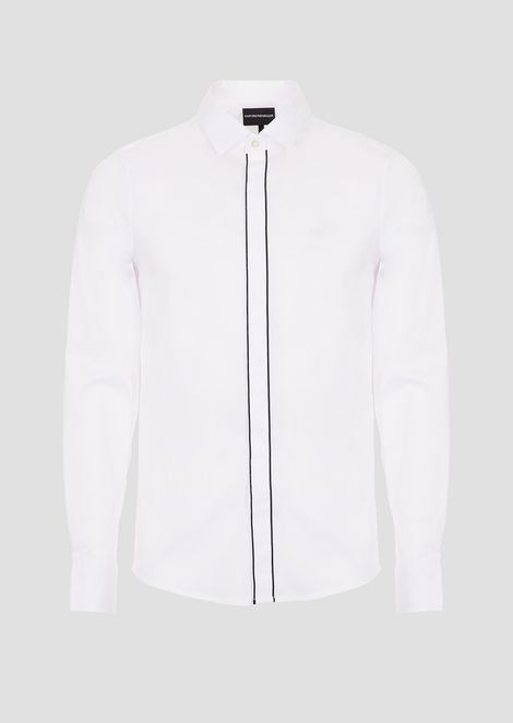Shirt in printed poplin with concealed buttons
