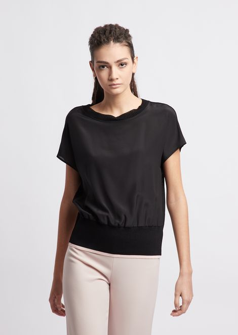 Short sleeved knit with silk crêpe front