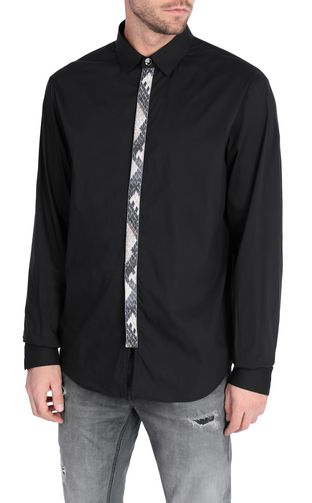 Black shirt with python-print band