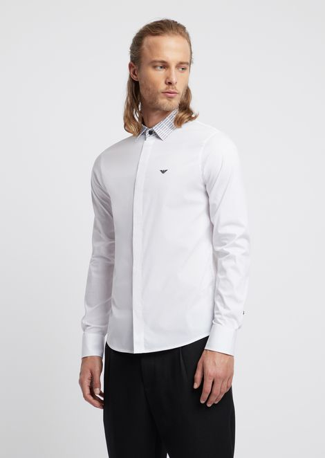Shirt with detachable collar in solid poplin with all-over logo details