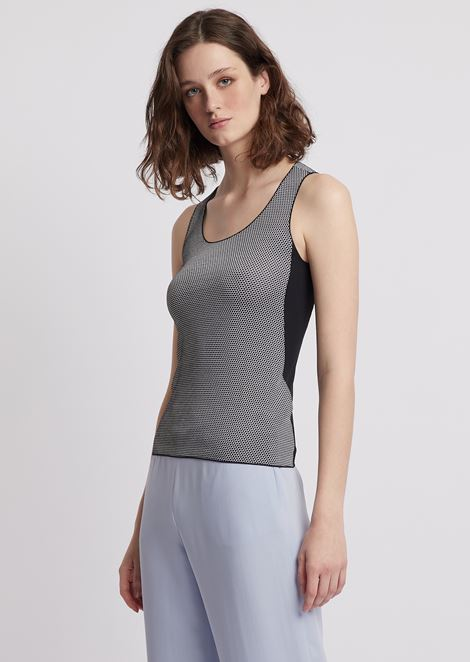 Top aus Stretchjacquard in Wabenmuster