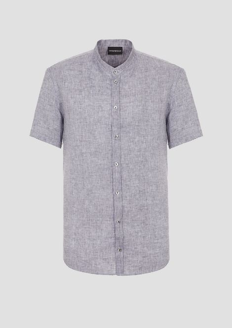 Short-sleeved shirt in linen chambray