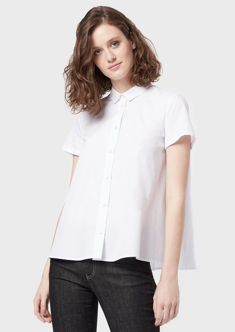 Short-sleeved blouse with soleil pleats at the back