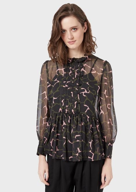 Crepon blouse with LeoFlower print, flounce and pleated plastron