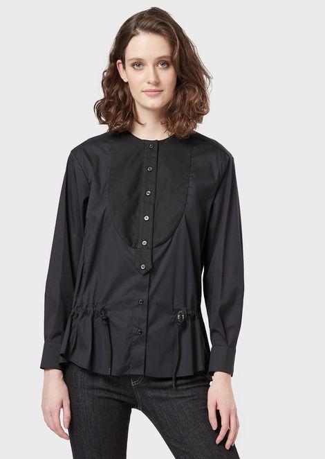 Camisa de popelina con pechera y cordón en la cintura