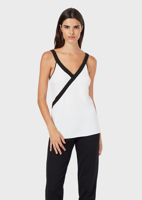 Cady top with crossover V neckline