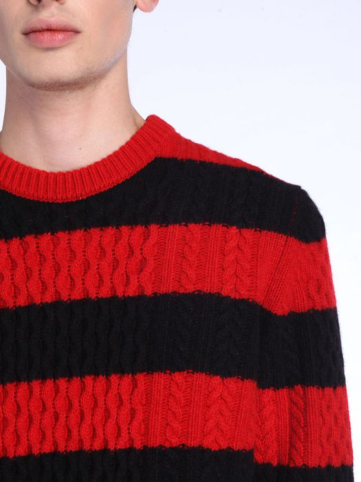 DIESEL BLACK GOLD KASSEDI-STRIPED Knitwear U a