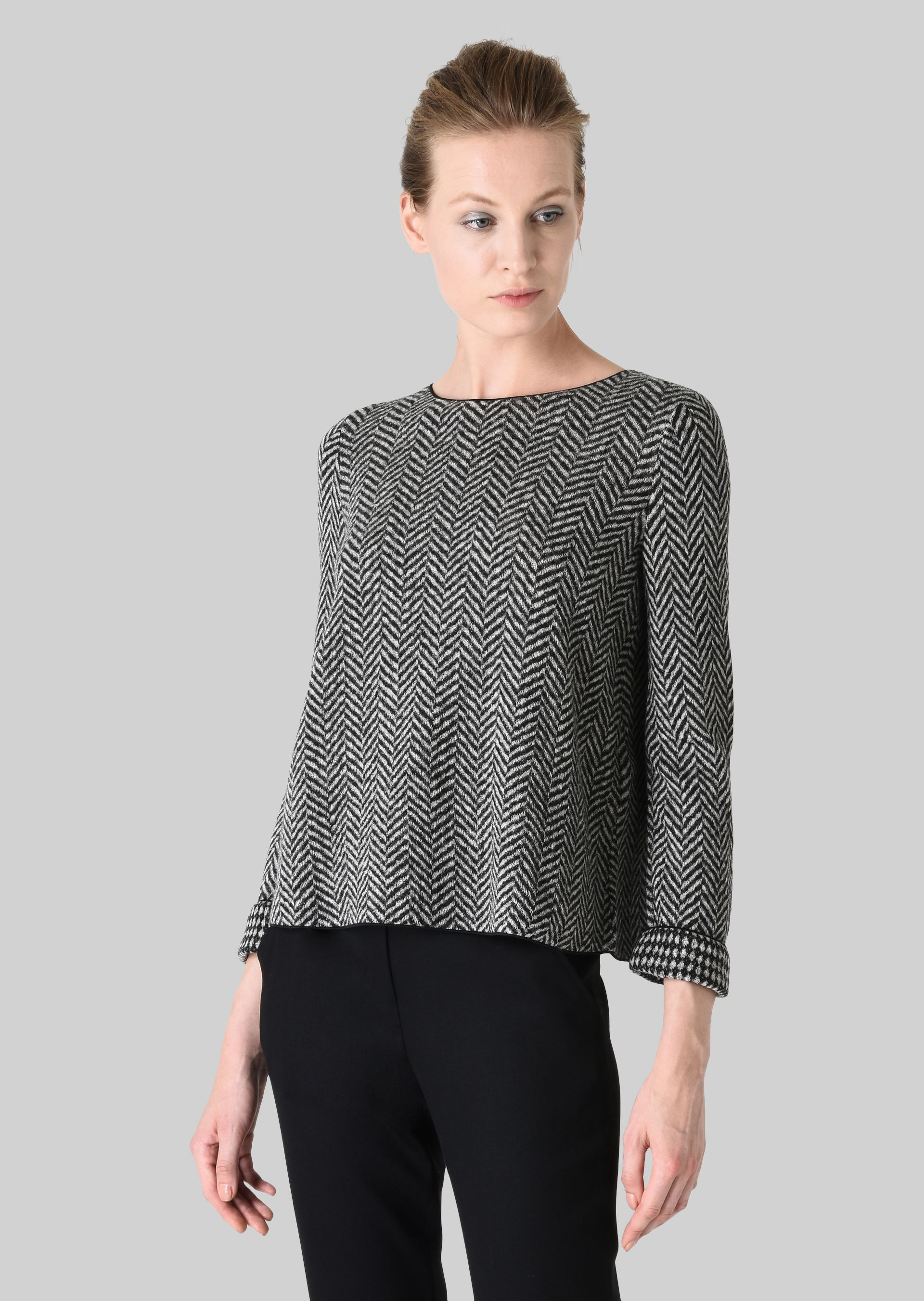 GIORGIO ARMANI REVERSIBLE WOOL SWEATER Knitted Top D d