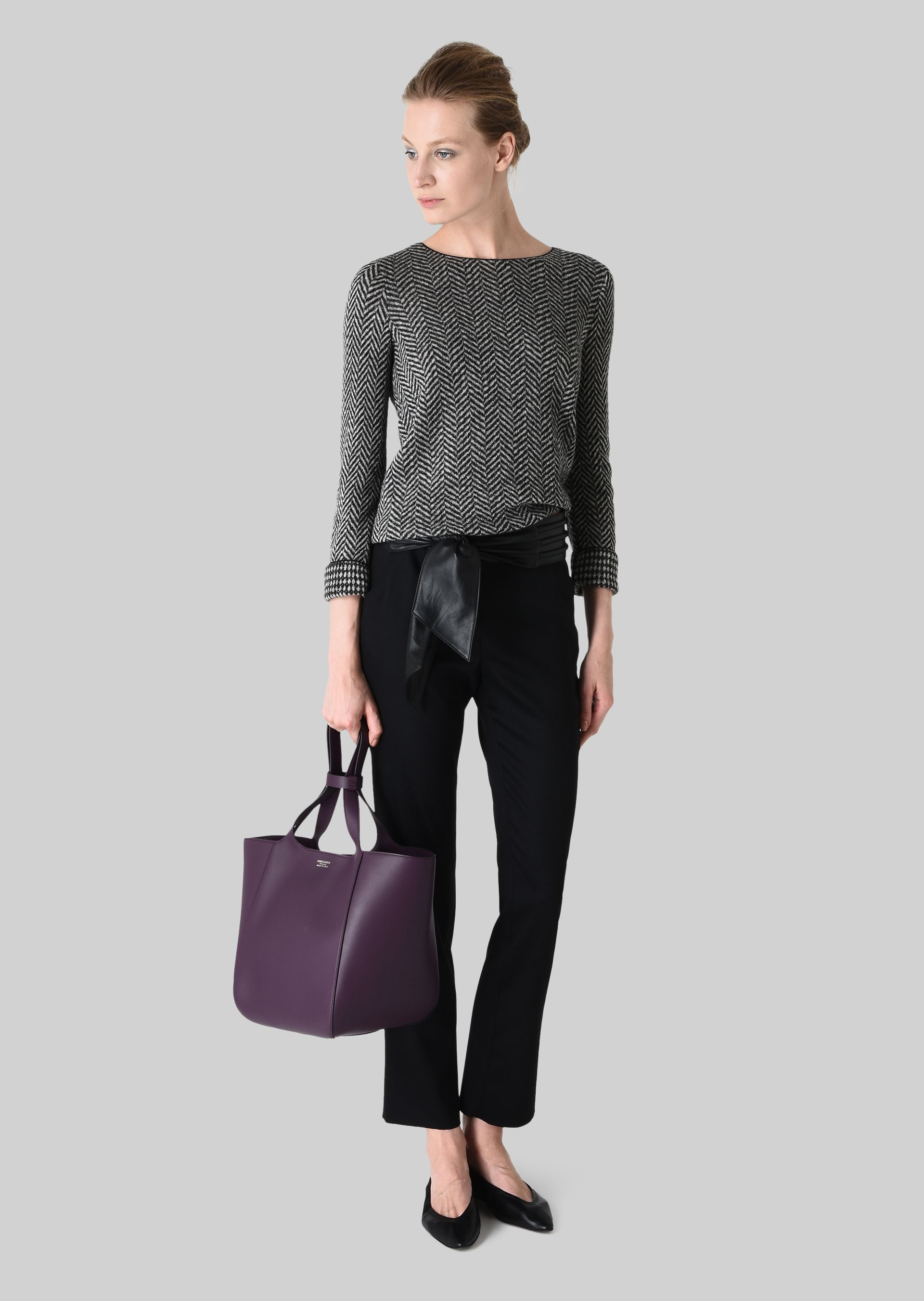 GIORGIO ARMANI REVERSIBLE WOOL SWEATER Knitted Top D f