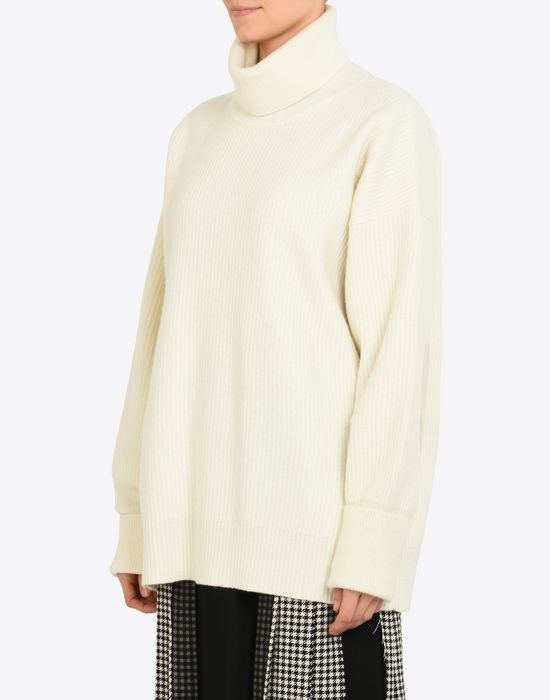 MAISON MARGIELA Oversized turtleneck sweater Long sleeve sweater D r
