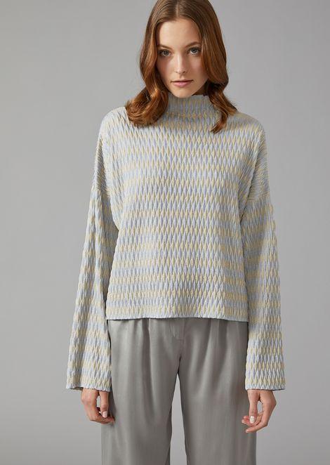 Sweater in diamond knit