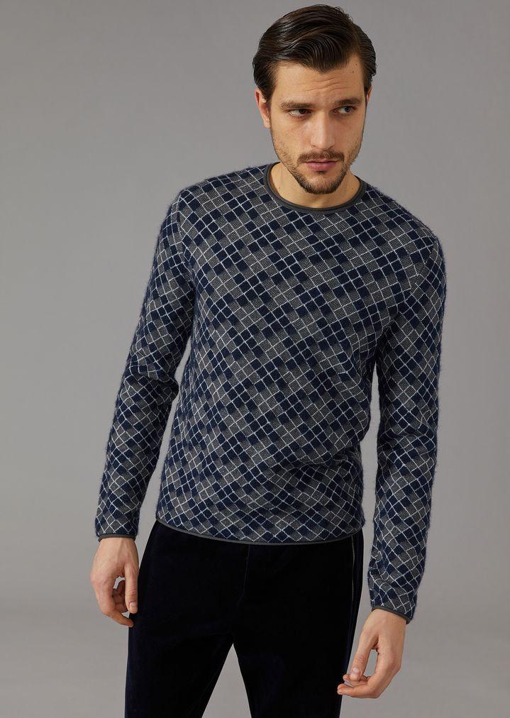 0b5b438187 Jacquard sweater with houndstooth motif | Man | Giorgio Armani