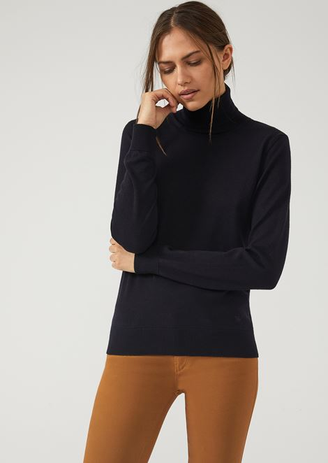 Plain knit pure virgin wool turtleneck