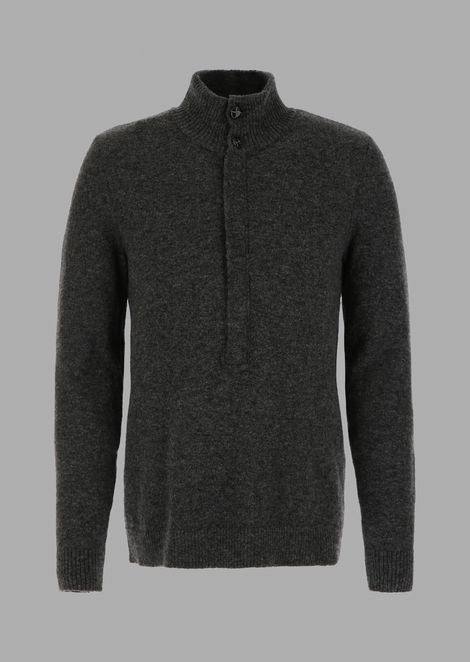 Plain-knit Henley sweater with buttons and zip
