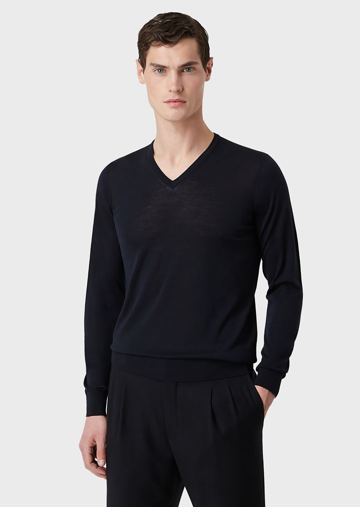 cb6aa88fc32 PURE WOOL V-NECK PULLOVER