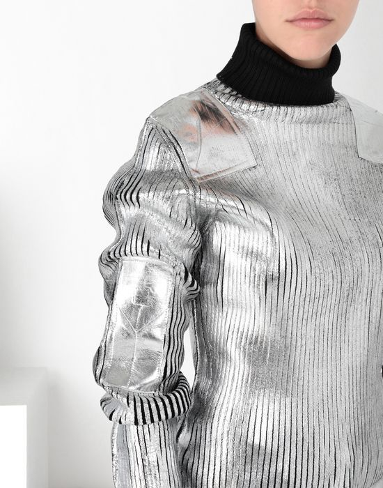 MM6 MAISON MARGIELA Silver coated ribbed knit pullover High neck sweater [*** pickupInStoreShipping_info ***] e