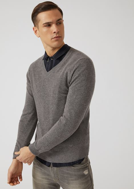 V-neck pure cashmere sweater