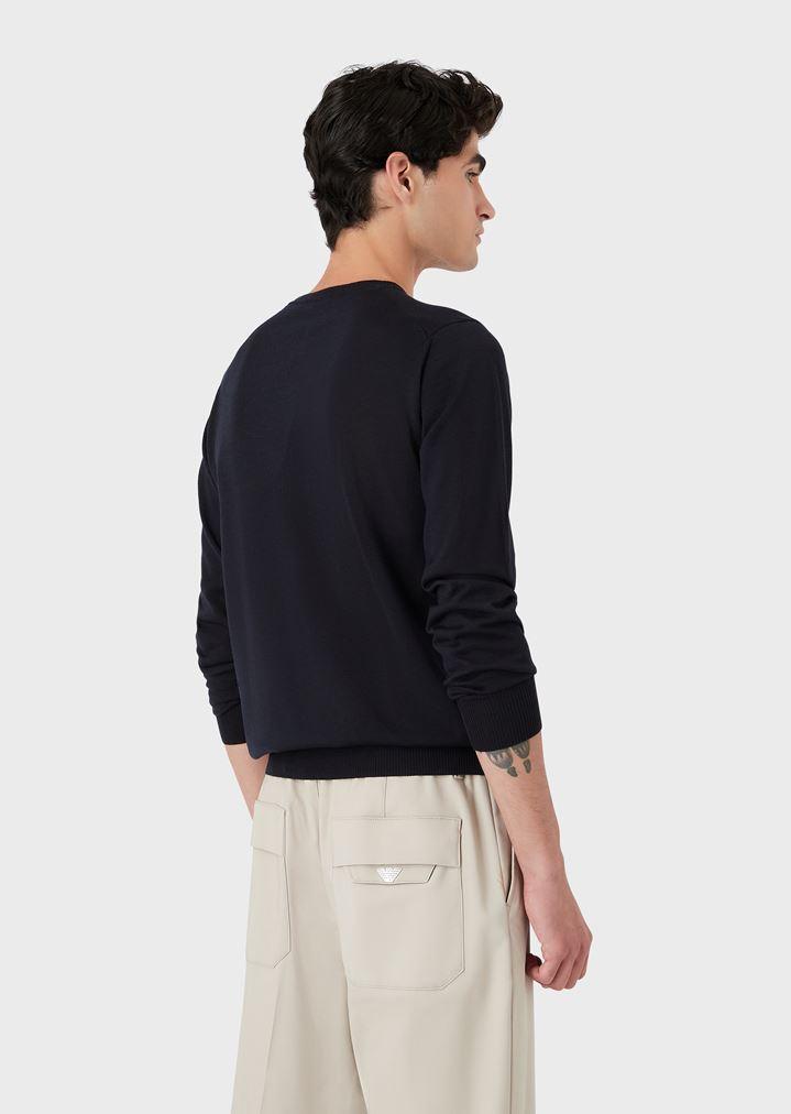 vente la moins chère dernières conceptions diversifiées inégale en performance Pull à col rond en laine vierge