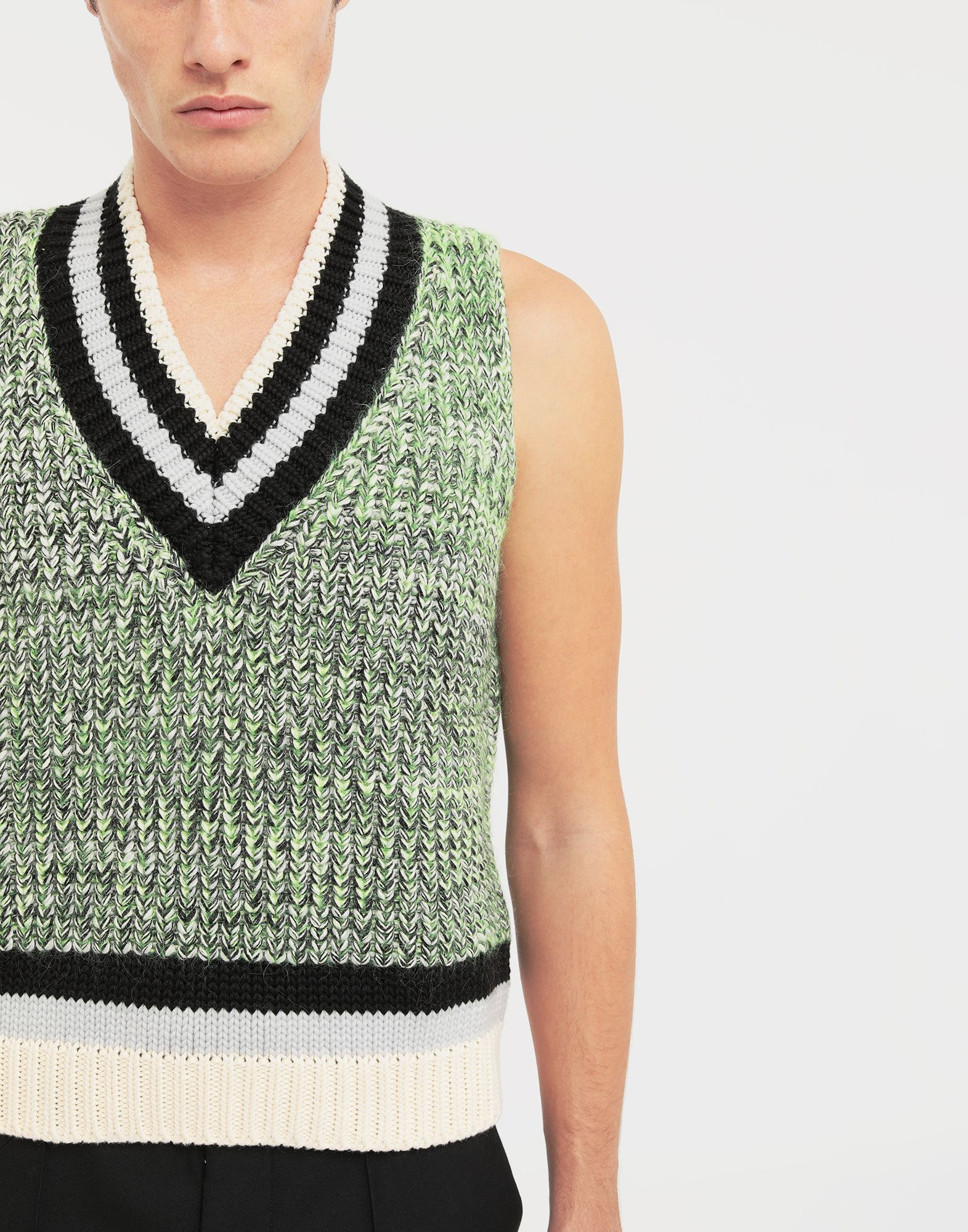 MAISON MARGIELA Sleeveless wide knit pullover V-neck sweater Man a