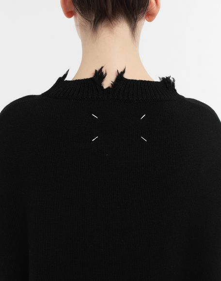 MAISON MARGIELA Décortiqué distressed knit cape Stole Woman b