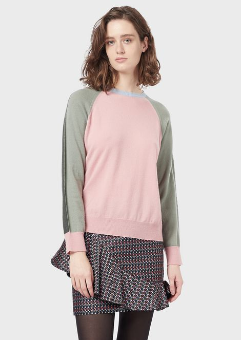 Seamless colour-block sweater in pure cashmere