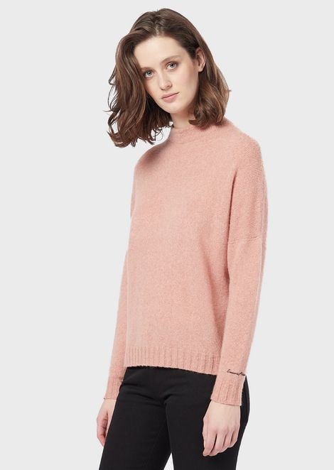 Seamless mock-neck sweater in stockinette-stitch camel-wool blend