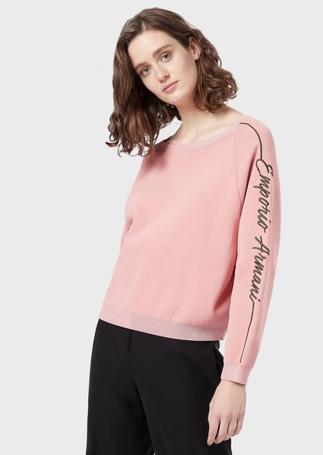 Sweater with logo embroidered on the sleeves