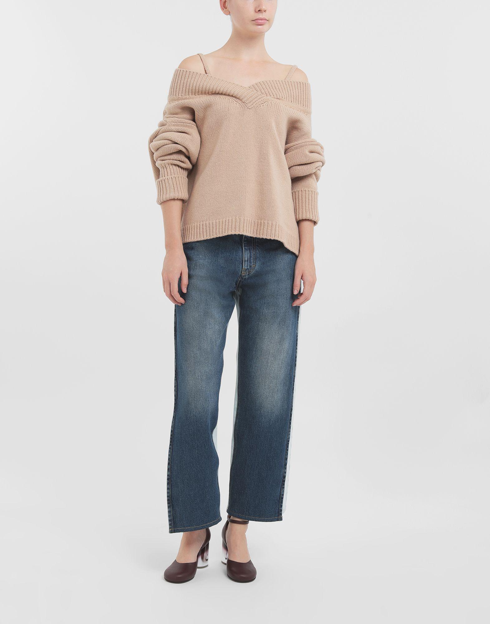 MAISON MARGIELA Unterschiedlich tragbarer Pullover Pullover mit V-Ausschnitt Dame b