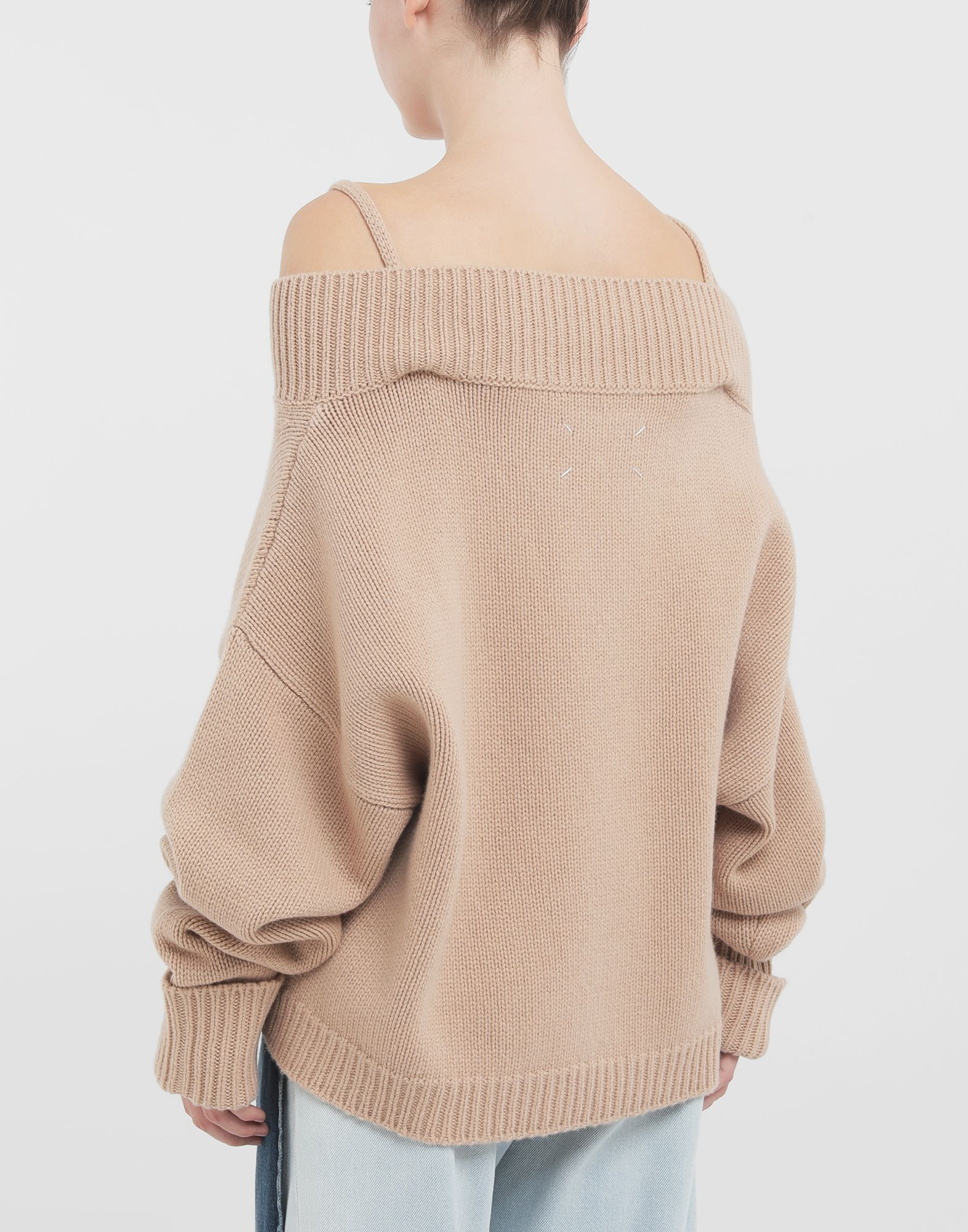 MAISON MARGIELA Unterschiedlich tragbarer Pullover Pullover mit V-Ausschnitt Dame d