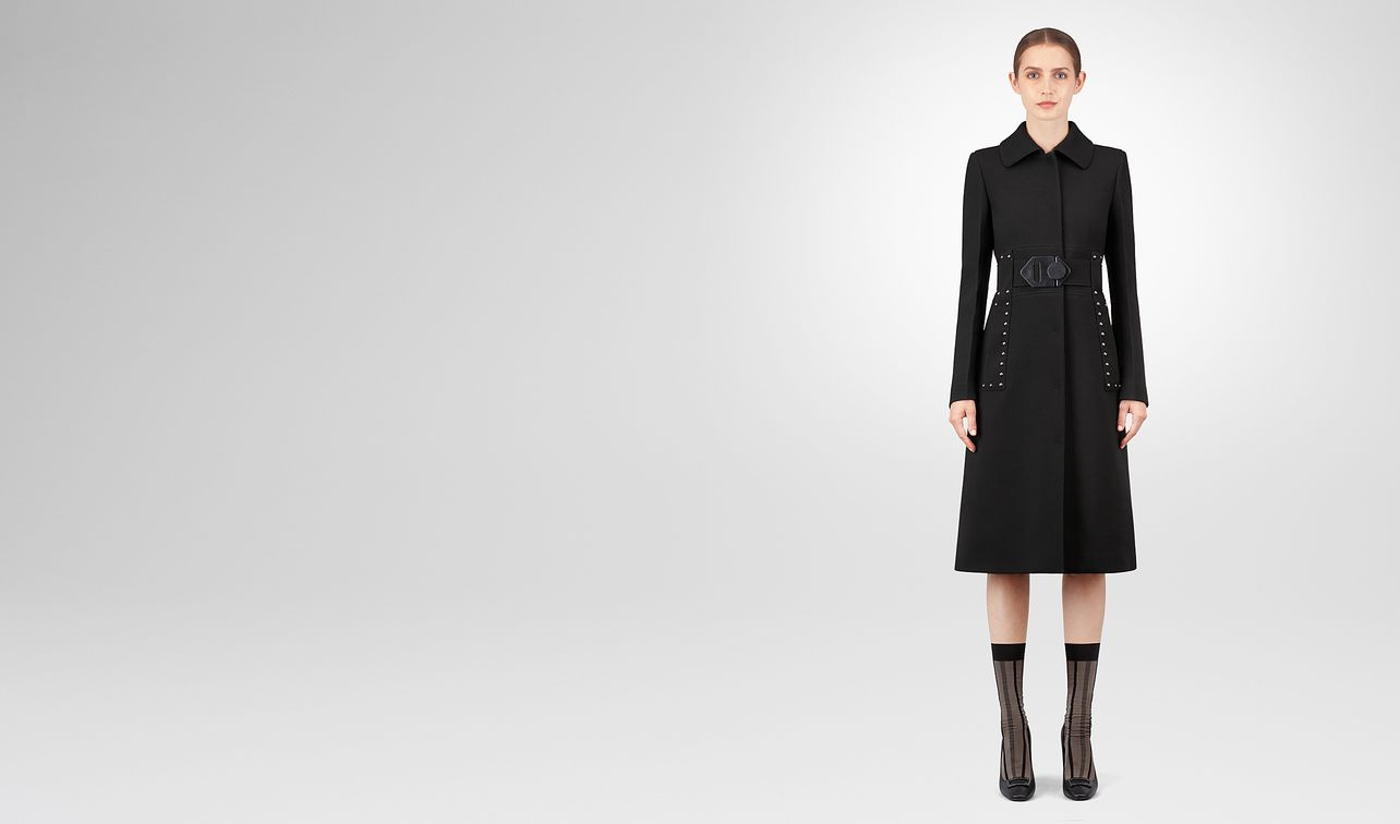 nero wool coat landing