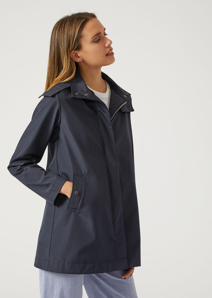 413f379d4 Hooded raincoat
