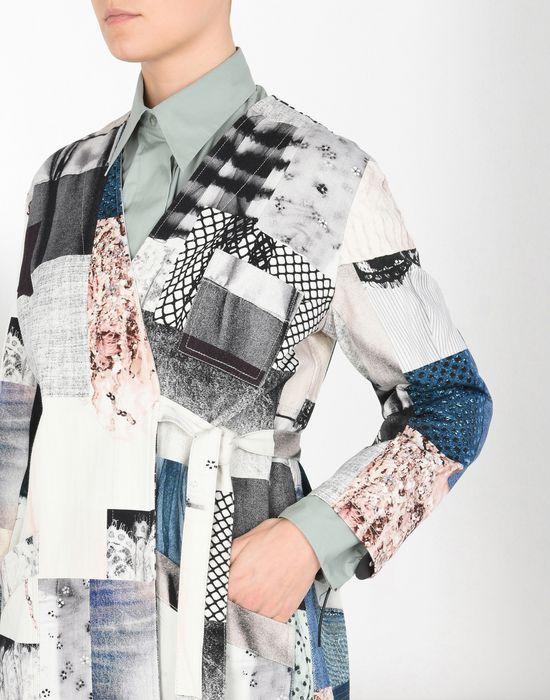 MM6 MAISON MARGIELA Блуза-халат из джинсовой ткани в стиле пэчворк Пальто [*** pickupInStoreShipping_info ***] e