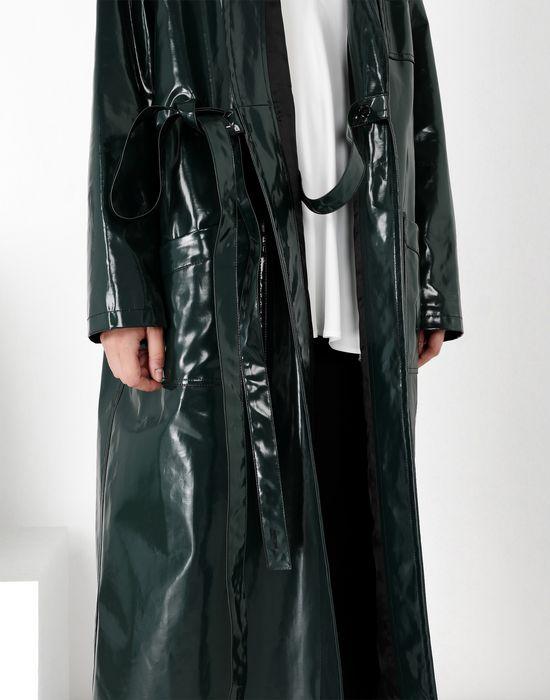 MM6 MAISON MARGIELA Laminated 'Blouse Blanche' Coat [*** pickupInStoreShipping_info ***] e
