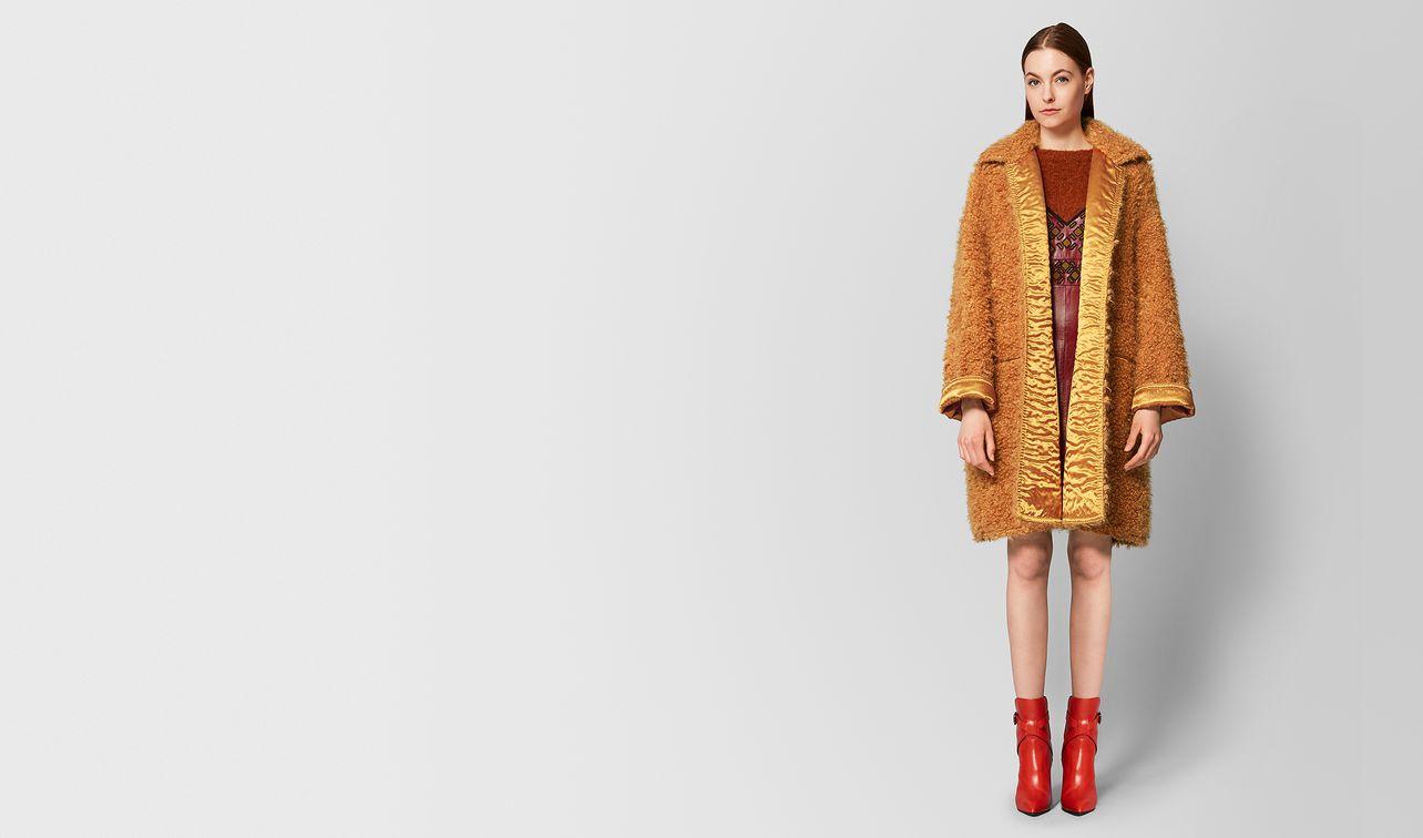fawn/marigold wool coat landing