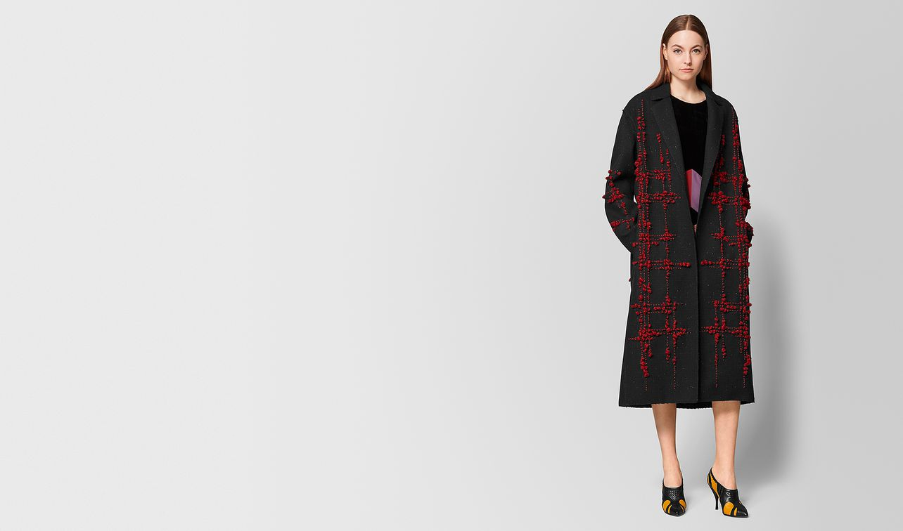 nero/baccara rose wool coat landing
