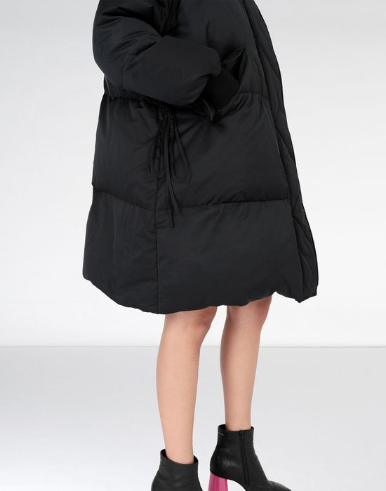 MM6 MAISON MARGIELA Oversized puffed nylon sports jacket Mid-length jacket [*** pickupInStoreShipping_info ***] a