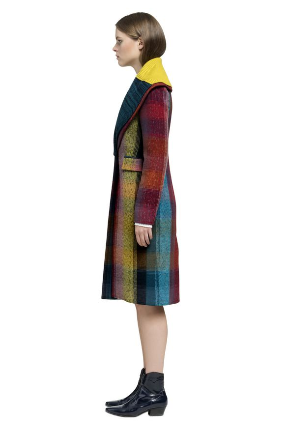 MISSONI Peacoat Woman, Side view