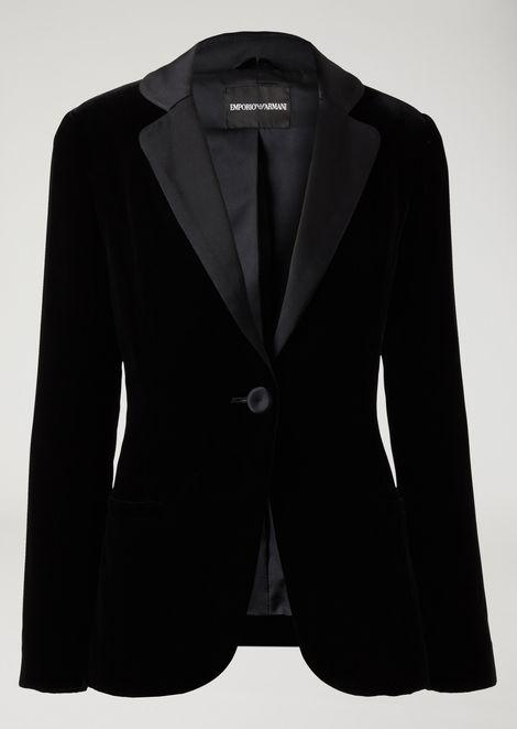Single-breasted velvet jacket with satin lapels