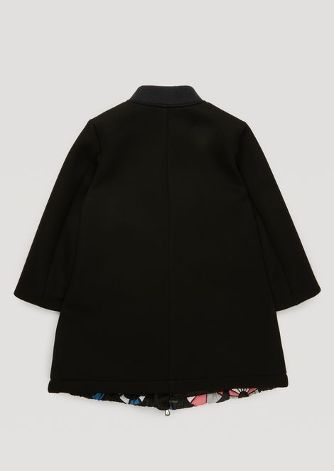 Cloth coat with front in loading motif fabric