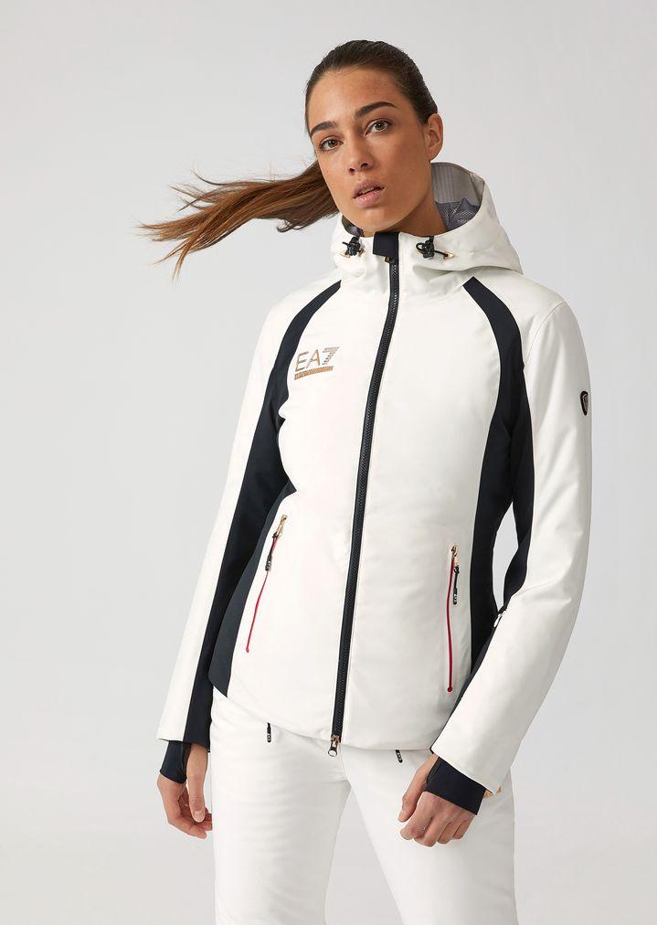 526aea99f7 Padded technical ski jacket