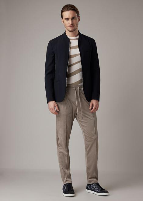 Jacket with zip fastening in single-colored seersucker