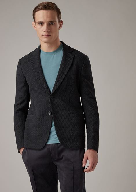 Slim-fit single-breasted blazer in plain-woven seersucker fabric