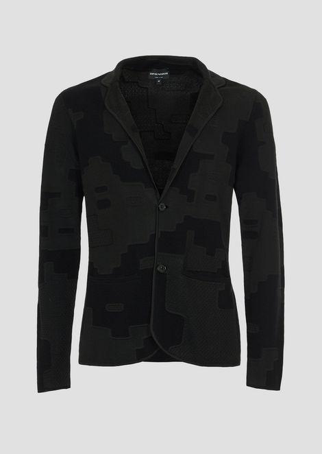 Однобортный пиджак изтрикотажа с жаккардовым узором