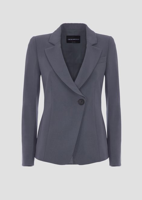 Single-breasted jacket in crepe fabric with off-centre button