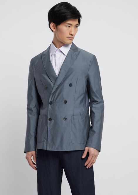 Double-breasted jacket in water-repellent silk and wool