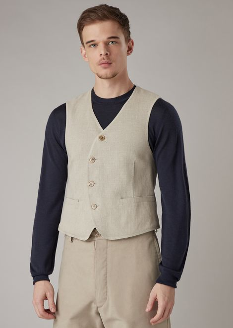 Garment-washed basketweave linen vest with rounded button fastening