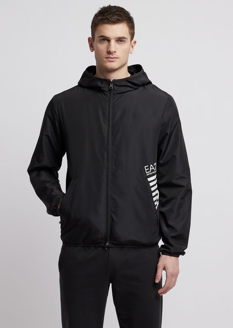 Windjacke aus Train 7 Lines Techno-Stoff