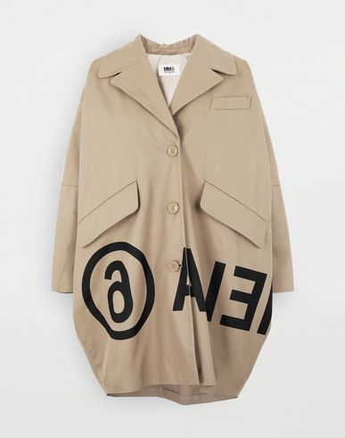 Reversed logo coat