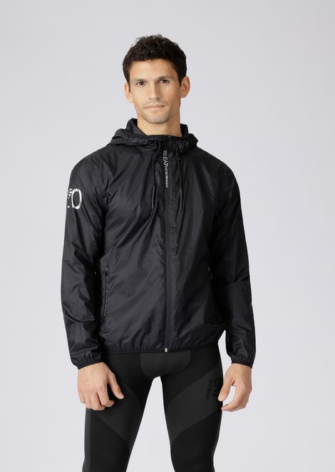 Train 7.0 windbreaker jacket in water repellent tech fabric