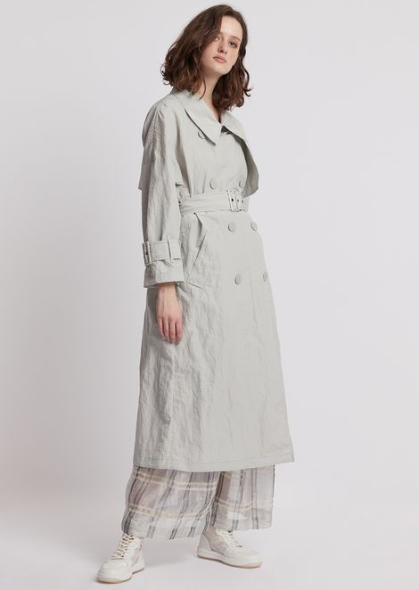 Double-breasted trench coat in tech cotton